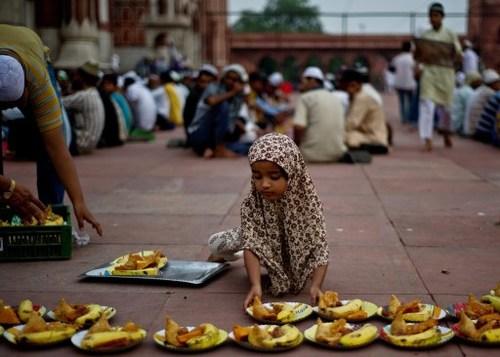 TOPSHOTS-INDIA-RELIGION-ISLAM-RAMADAN